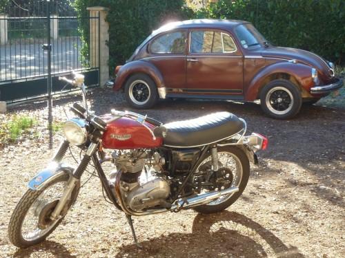 triumph-T140-Bonneville+Volkswagen-beetle-1303